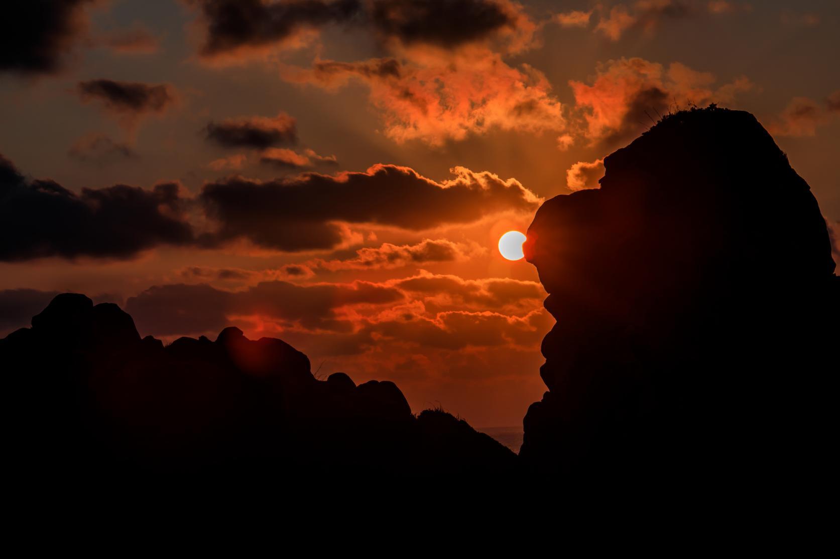 朝日・夕日で絶景も姿をかえる-1