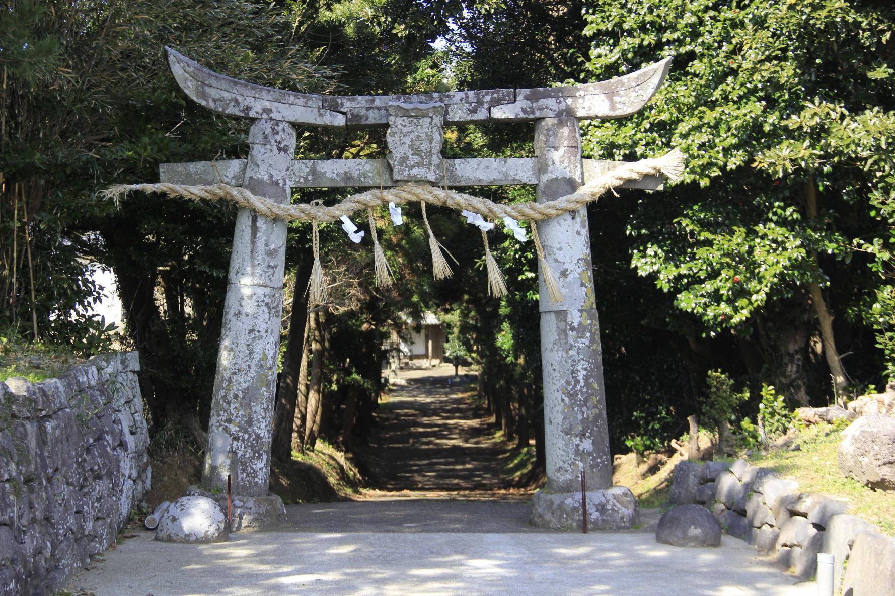 天道神社(てんどうじんじゃ)-1