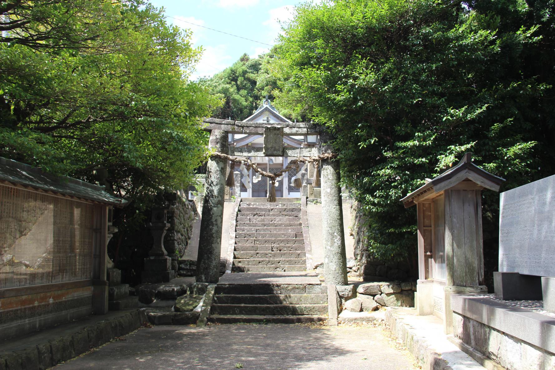 國津神社(くにつじんじゃ)-1