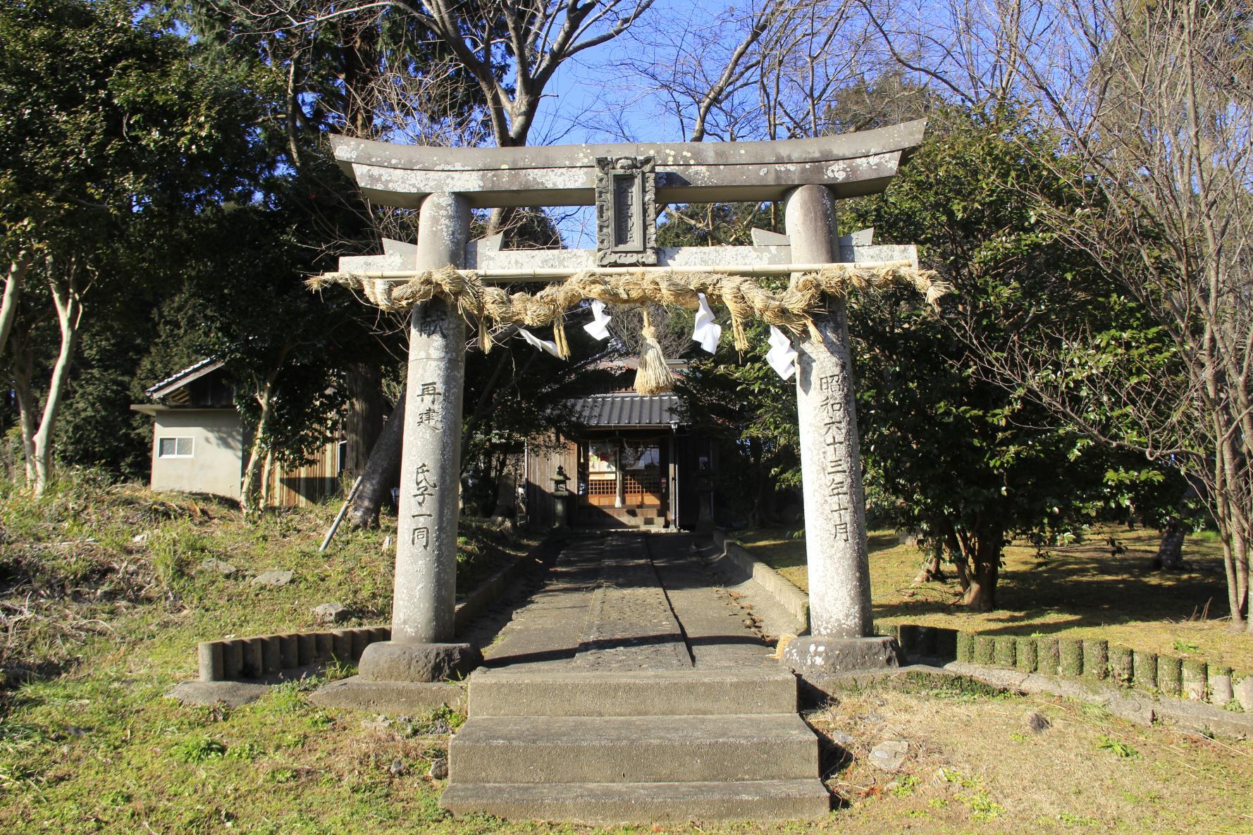 大國玉神社(おおくにたまじんじゃ)-1