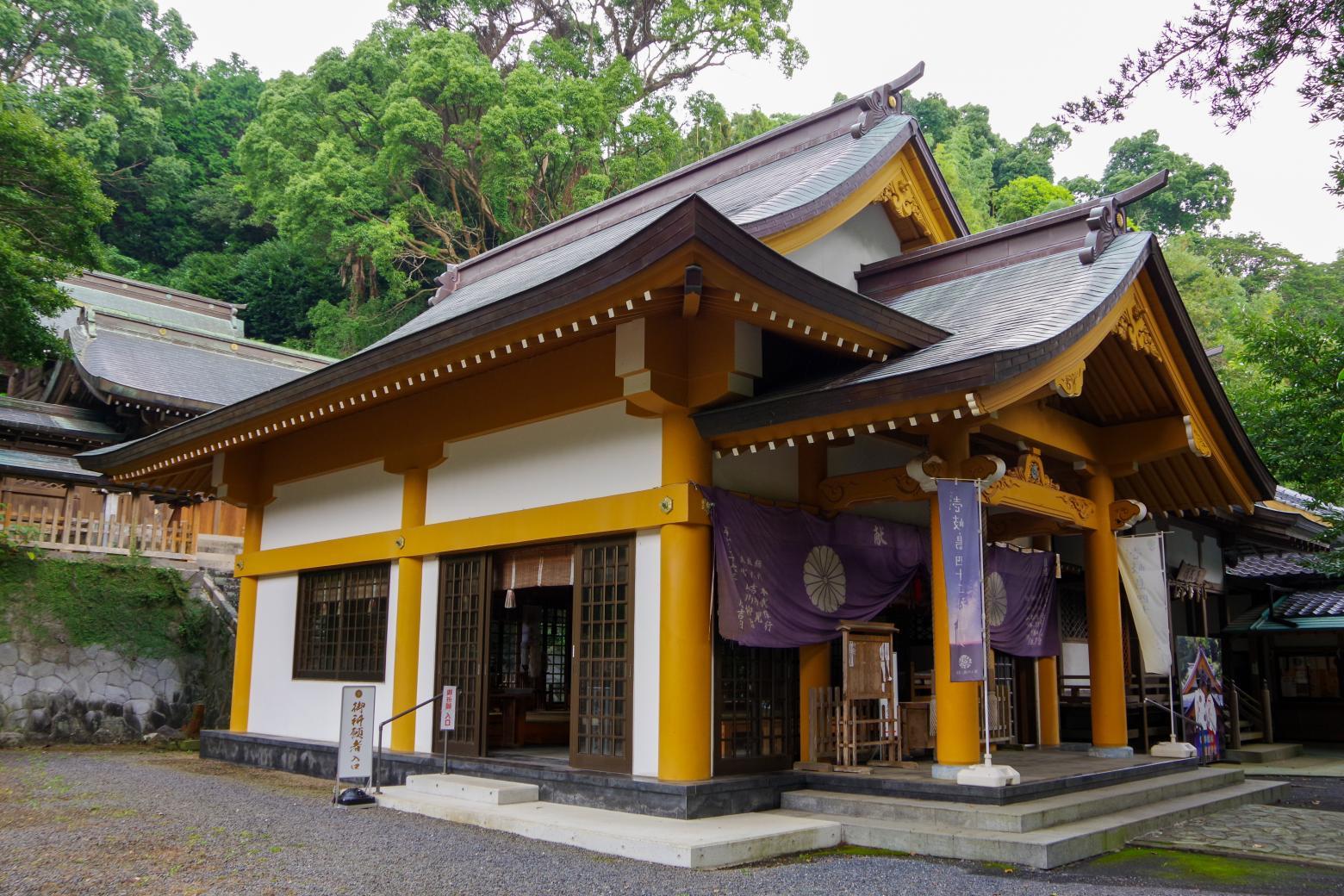 願い事を叶える「住吉神社」の夫婦楠-2