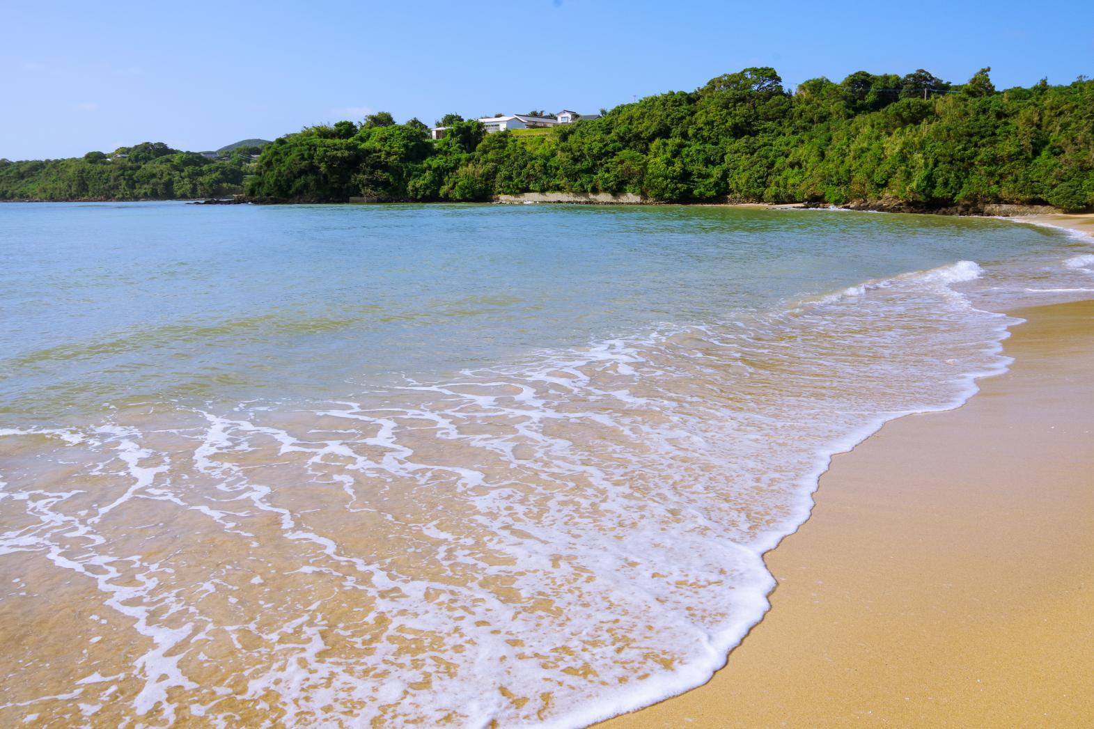 ロマンチックな夕日を見るなら「里浜海水浴場」-3