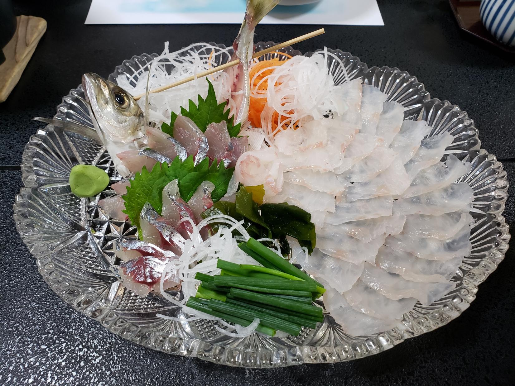 釣った魚で豪華なディナーを!-3