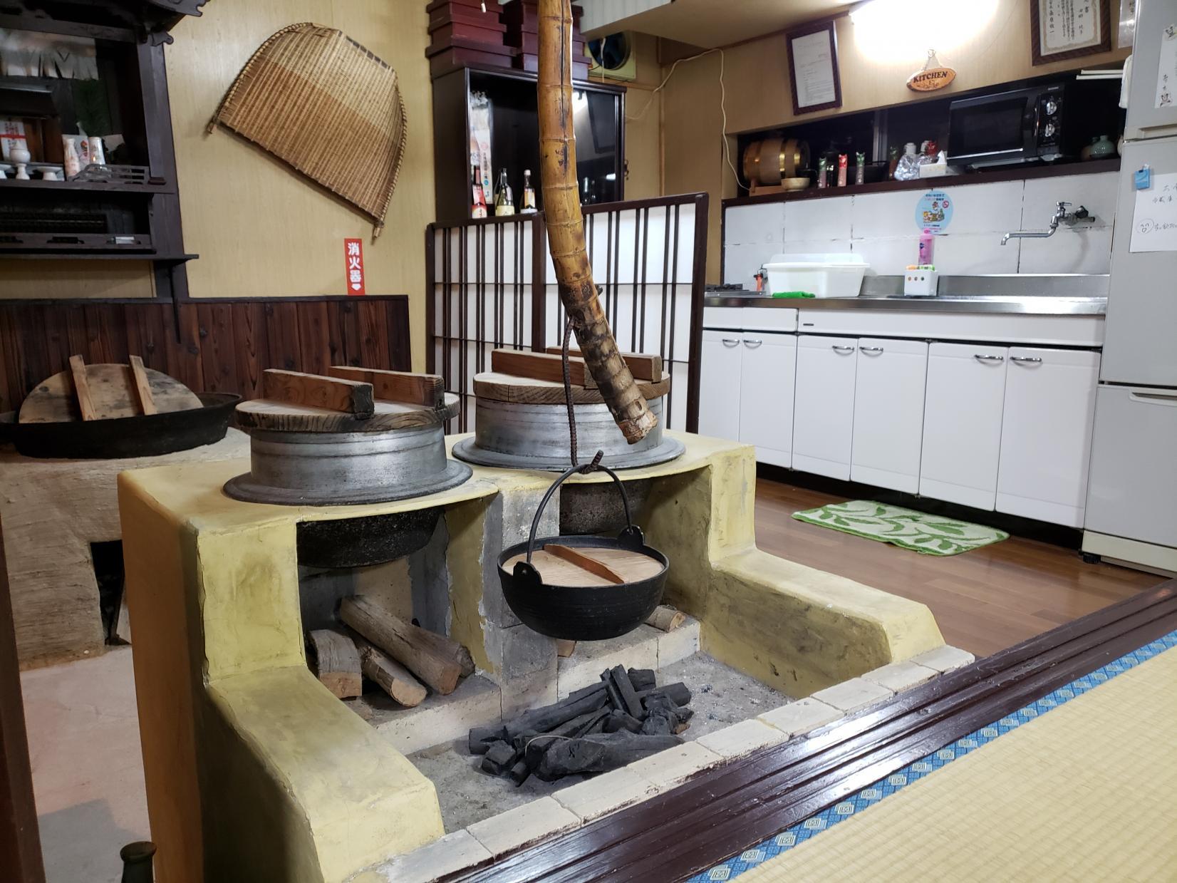 釣った魚を調理して食べるなら古民家民宿 郷(ふるさと)へ!-0