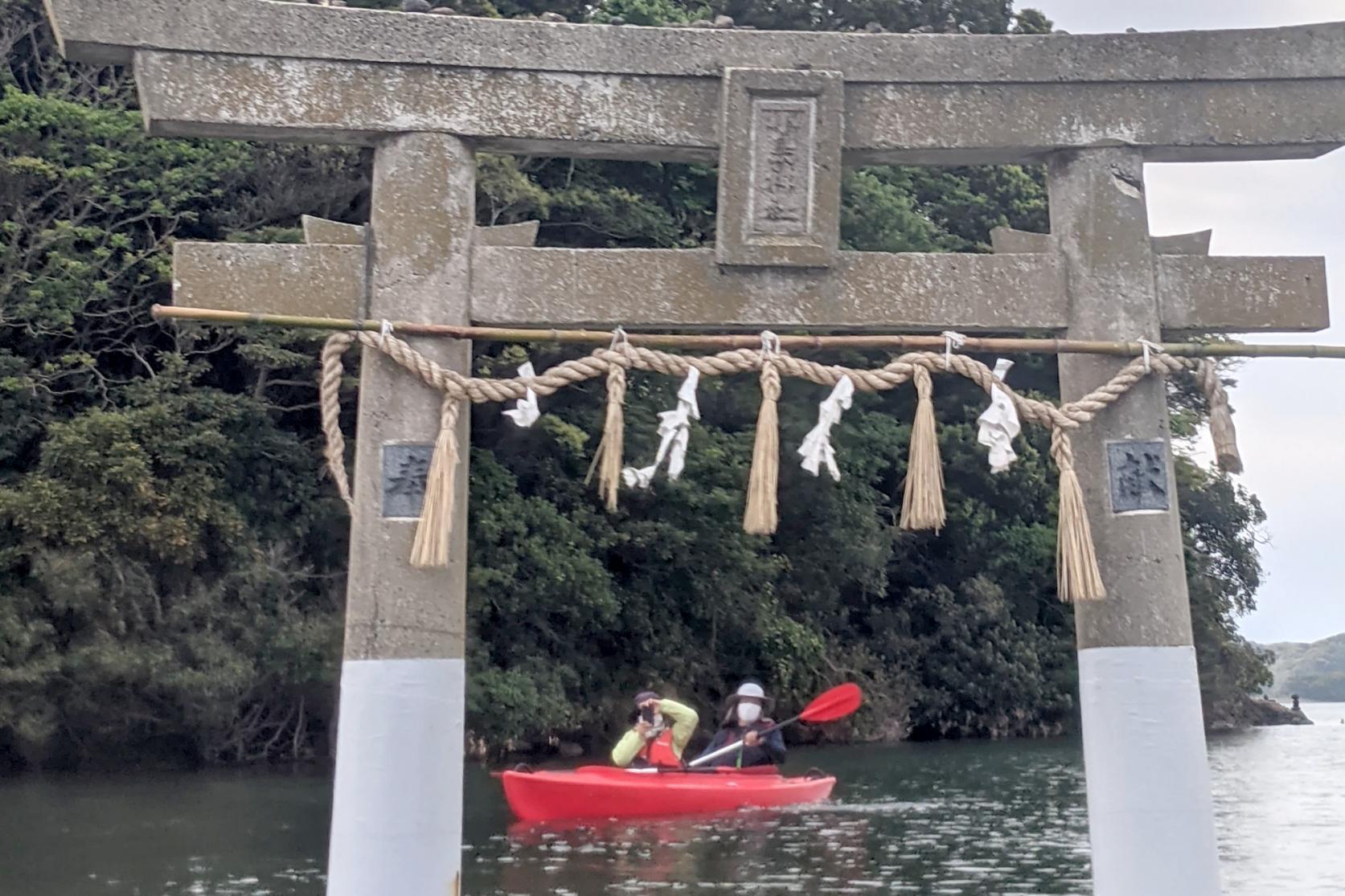 パワースポット「小島神社」の鳥居をくぐる!-4