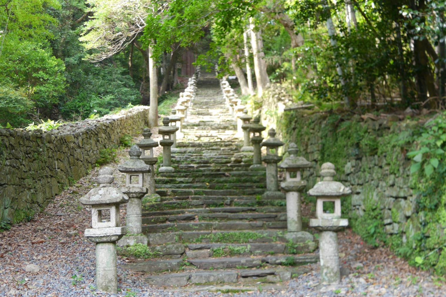 「万松院(ばんしょういん)」~万関橋-0