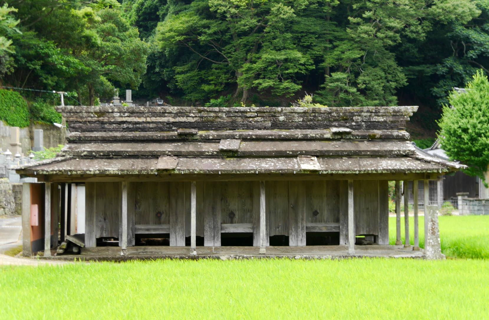 椎根の石屋根倉庫~小茂田浜神社~お船江-0