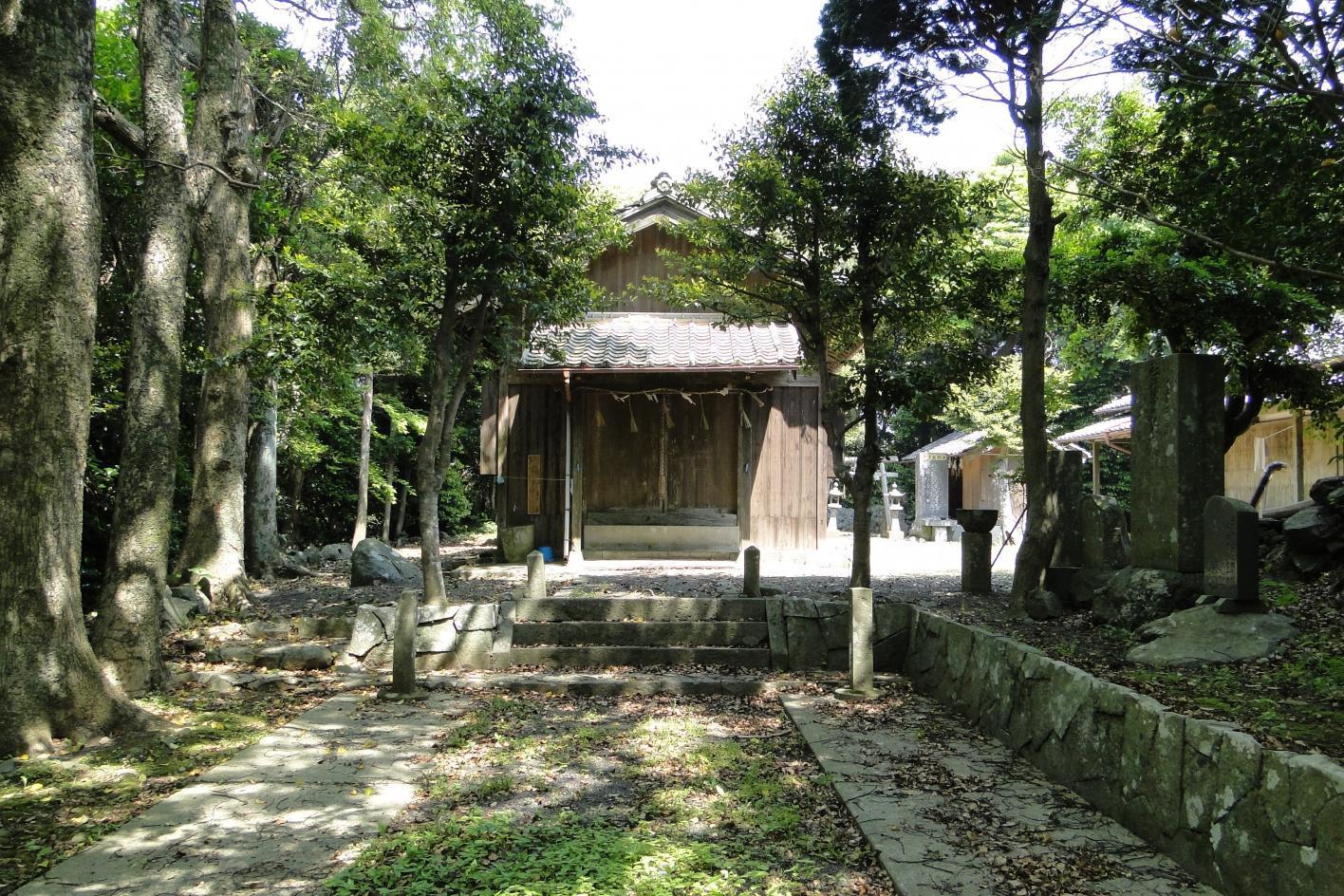 爾自神社-1