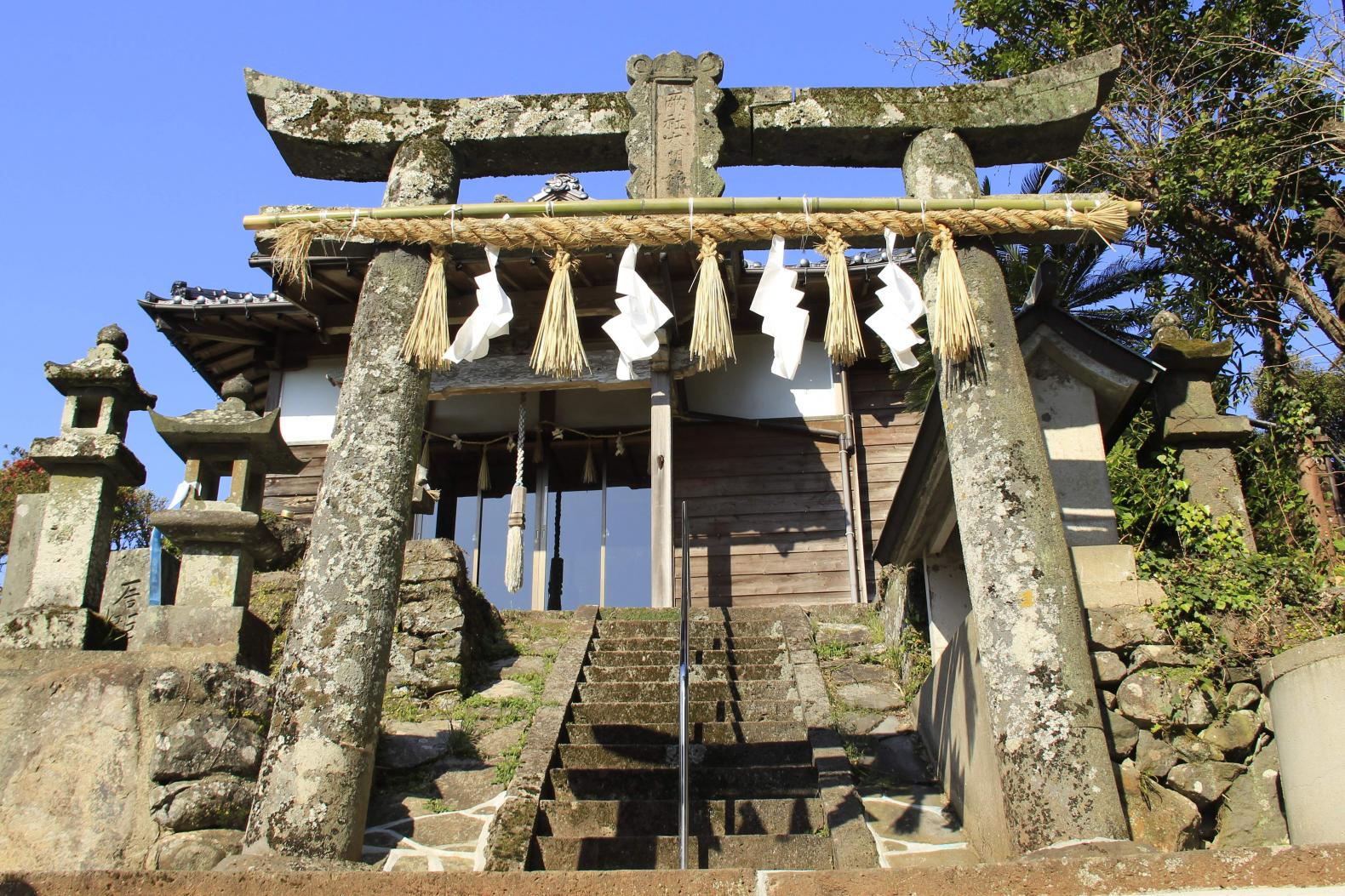 軍越神社-1