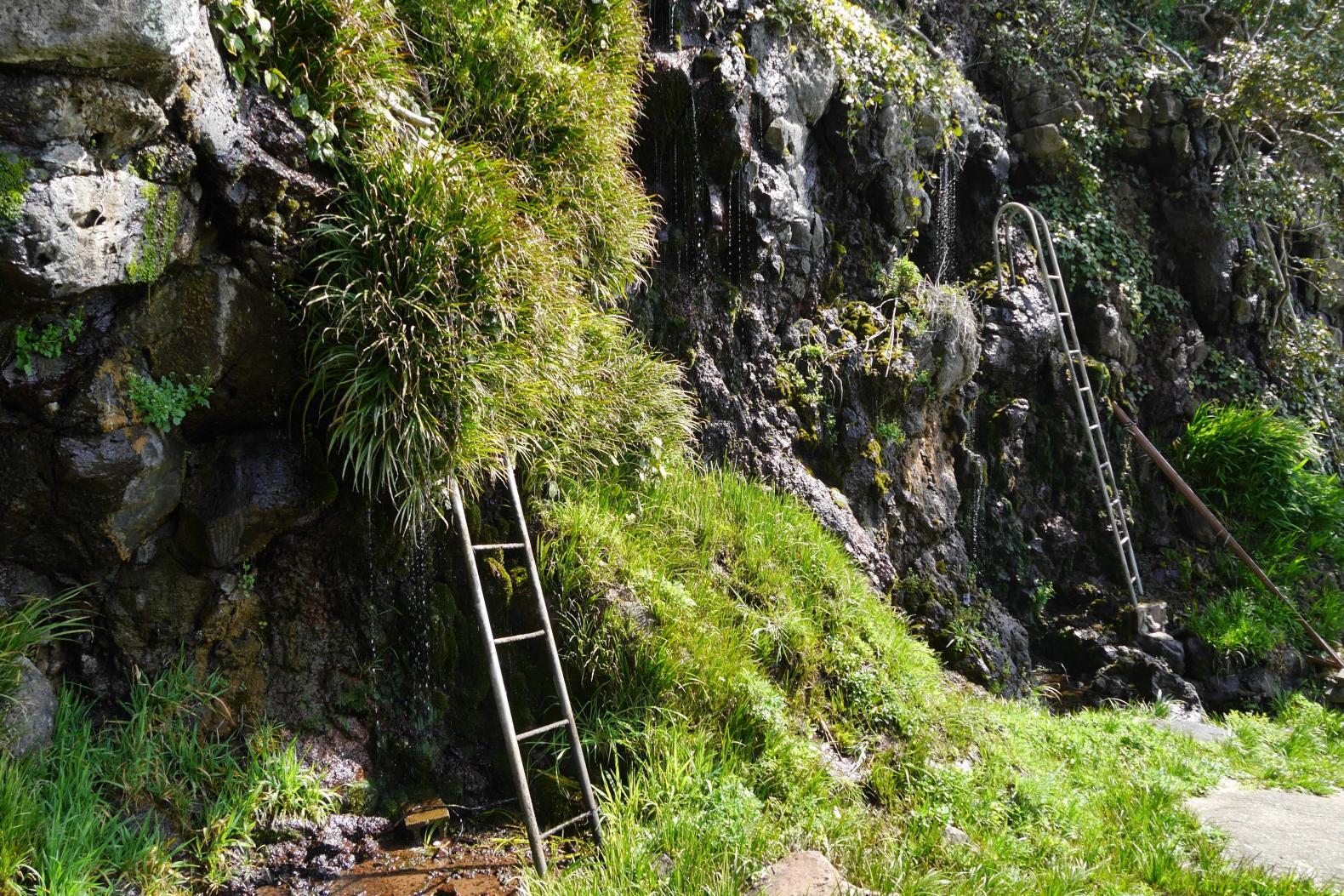 御手洗水の滝-3